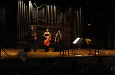 Mariana Todorova, Suzana Stefanovic y David Quiggle. Concierto Generación Guerrero. In memoriam - Aula de (Re)estrenos (81)
