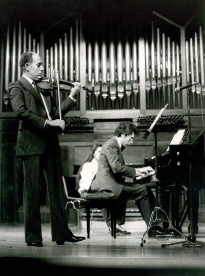 Gonçal Comellas y Antoni Bessés. Concierto Mozart: ciclo de sonatas para violín y piano