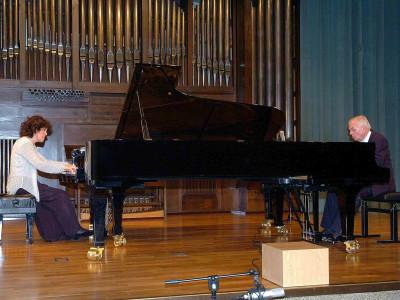 Dúo Uriarte-Mrongovius, Karl-Hermann Mrongovius y Begoña Uriarte. Concierto Mozart despues de Mozart
