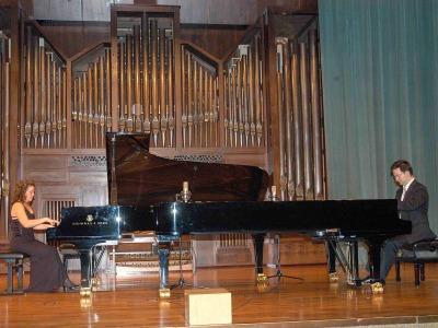 Nexus Piano Duo, Mireia Fornells Roselló y Joan Miquel Hernández Sagrera. Concierto Dimitri Shostakovich en su centenario