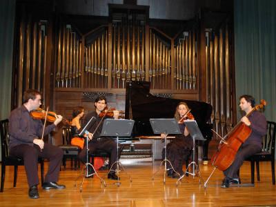 Grupo Dhamar, David Santacecilia, Eduardo Soto, Isabel Puente, Pablo de la Carrera y Cristina Díaz. Concierto Operistas en el salón