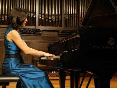 Karina Azizova. Concierto La desintegración de la tonalidad