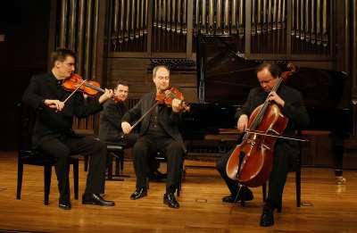 Mozart Piano Quartet, Mark Gothoni, Hartmut Rohde, Peter Hörr y Paul Rivinius. Concierto El arreglo como obra musical