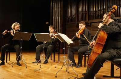 Maria Tecla Andreotti, Andrés Gabetta, Mathyas Bartha y Christopher Coin. Concierto Música galante en el salón francés