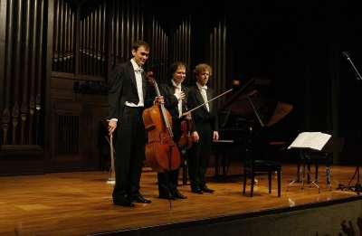 Intémpore Piano Trio, Rubén Darío Reina, Cameron Roberts y Javier Albarés. Concierto El alma cubana - El universo musical de Alejo Carpentier