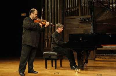 Manuel Guillén y Graham Jackson. Concierto Turina en París