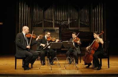 Cuarteto Quiroga, Aitor Hevia, Cibrán Sierra, Dénes Ludmány, Helena Poggio y José José Enrique Bagaría. Concierto Turina en París