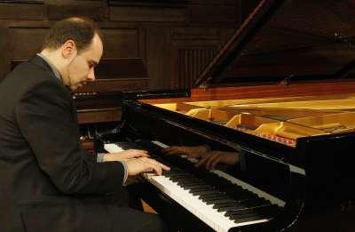 Claudio Martínez Mehner. Concierto Obras inacabadas