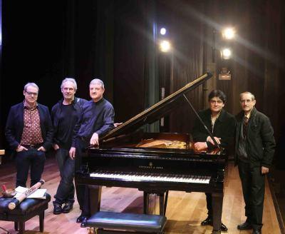 David del Puerto, Jesús Rueda Azcuaga, Albert Nieto, Moisès Bertrán y José Mª García Laborda. Concierto Impacto en España - Jazz impact