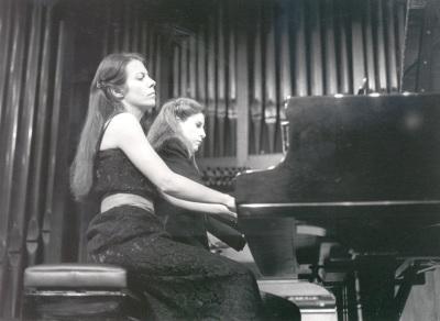 Judit Cuixart y Eulalia Solé. Concierto Piano a cuatro manos (1985)