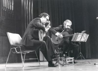 José Luis Rodrigo y Antonio Ruiz Berjano. Concierto Guitarra española del siglo XIX
