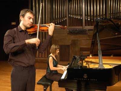 Dúo Ganbara, Stefan Madru y Arrate Monasterio. Concierto Recital de violín y piano