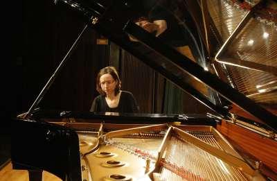 María Lourdes Cabrero Seral. Concierto Recital de piano