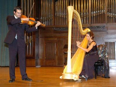 Vincent Aucante y Elisa Mediero. Concierto Recital de arpa y viola