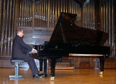 Alfonso Gómez. Concierto Recital de piano