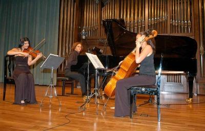 Trío Mozart de Deloitte, Carmen María Elena, Santa Mónica Mihalache y Luis del Valle. Concierto Recital de música de cámara