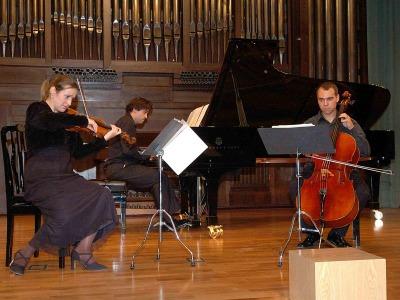 Trío Orfeo, Eva Sánchez, Raúl Pinillos Quiroga y Jesús Pinillos. Concierto Recital de Música de Cámara