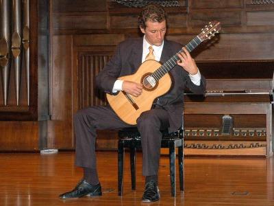 Miguel Pérez Perelló. Concierto Recital de guitarra
