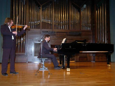 Mikhail Apentchenko y Rostislav Studinov. Concierto Recital de violín y piano