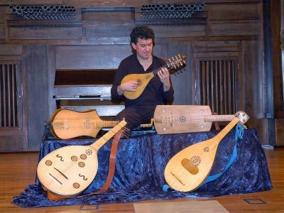 José Luis Pastor. Concierto Recital de cuerda pulsada medieval
