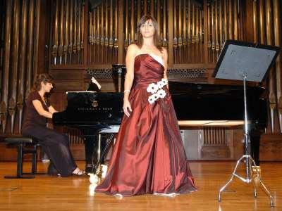 Julia Elisa Franco Vidal y Ana María Castillo. Concierto Recital de canto y piano