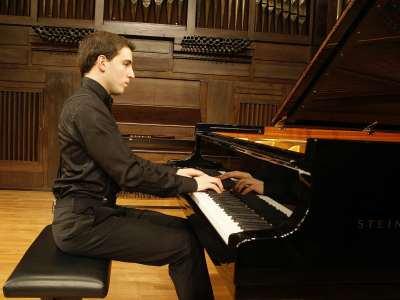 J. Ignacio Machi. Concierto Recital de piano