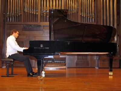 Francisco José Pérez Perelló. Concierto Recital de piano