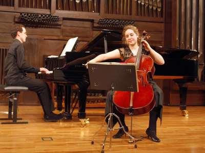 Beatriz Linares y Óscar Sancho. Concierto Recital de violonchelo y piano