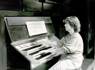 Margarita Rose. Concierto Seminario Música y Tecnología - Música y tecnología