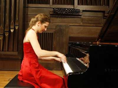 Ardita Statocvi. Concierto Recital de piano