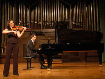Dobrochna Banaszkiewicz y Héctor J. Sánchez. Concierto Recital de violín y piano