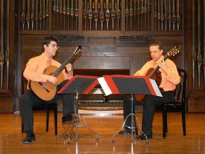 Dúo de guitarras clásicas Arlequín, Raúl de Frutos y Jesús Lliteras. Concierto Recital de dúo de guitarras