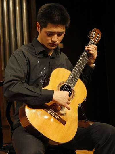 Jusuk Lee. Concierto Recital de guitarra