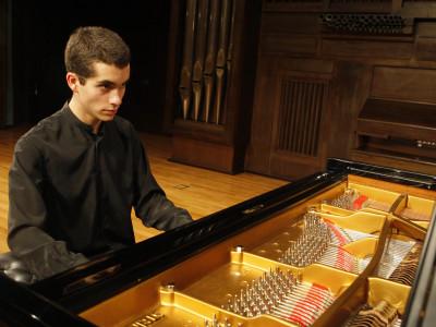Juan Pérez Floristán. Concierto Recital de piano