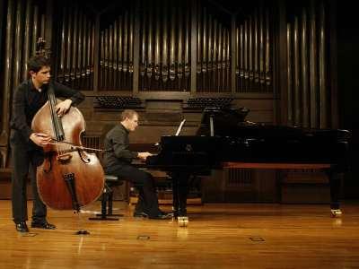 Guillermo Sánchez y Jesús Gómez Madrigal. Concierto Recital de contrabajo y piano