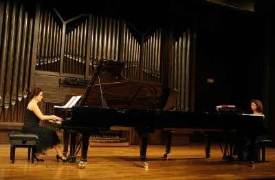 Dúo Galanta, Ángeles Gallardo y Dolores Moreno. Concierto Recital de dúo de pianos
