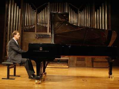 Vicente Ariño Pellicer. Concierto Recital de piano
