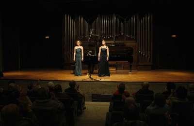 Katharina Landl y Carolina Bruck-Santos. Concierto Recital de canto y piano