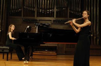 Marta Castelló y Neus Puig. Concierto Recital de flauta y piano