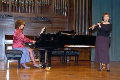 María Antonia Rodríguez y Aurora López. Concierto La flauta española