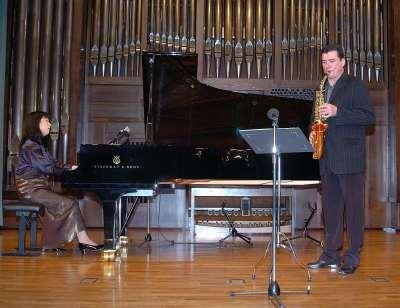 Francisco Martínez y Kayoko Morimoto. Concierto El saxofón en España