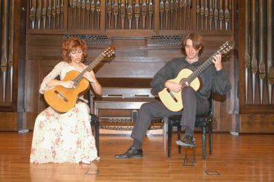 Carmen María Ros y Joaquín Clerch. Concierto La guitarra en España