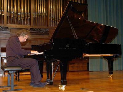 Joachim Kühn. Concierto Cuatro historias del jazz