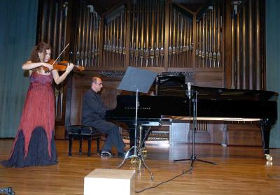 Edith Maretzki Soares y Aimar de Noronha Santinho. Concierto Música brasileña