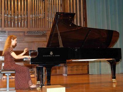 Miriam Gómez-Morán. Concierto Grandes sonatas para piano