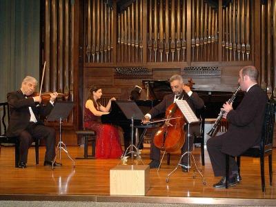 Gustavo Duarte, Levon Melikian, Levon Muradyan y Sofía Melikyan. Concierto Música de cámara armenia