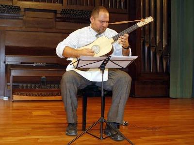 Alfred Fernández. Concierto La guitarra barroca - La guitarra española