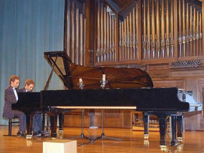 Oliver Curbelo y José María Curbelo. Concierto Quinta tribuna de jóvenes intérpretes: el piano (y IV)