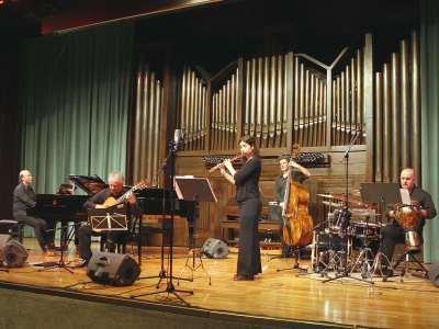 Classical Jazz Ensemble, Lara Manzano, José Sáenz Gallego, Alex Zabala, Javier Laboreo y Víctor Manuel Aja. Concierto Jazz fusión