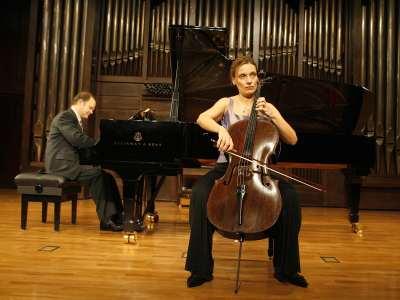 Suzana Stefanovic y Aníbal Bañados. Concierto Beethoven a dúo. Integral de las sonatas para violín y piano y violonchelo y piano